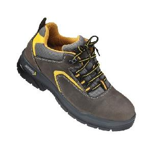 Mallcom Guina S1NB Low Ankle Steel Toe Safety Shoes (Size 3-12)